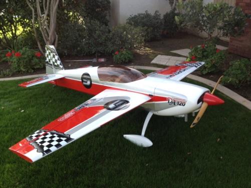 Hangar 9 Extra 300 At Bandegraphix Com